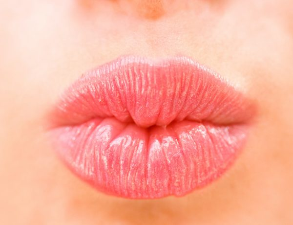 5 Best Natural Lip Plumpers (You Know, Sans Toxins and Injectables)