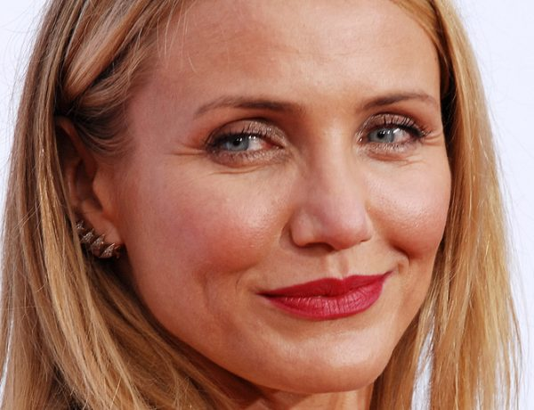 Cameron Diaz Sheds New (Healthy!) Light on Aging in 'The Longevity Book'