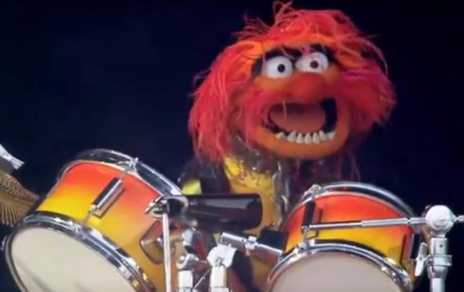 Muppets Kill it at Music Festival [Video]
