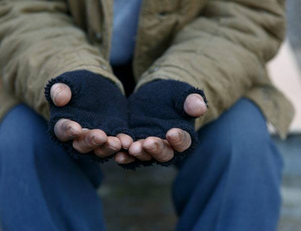 stealing food is legal for the homeless in italy