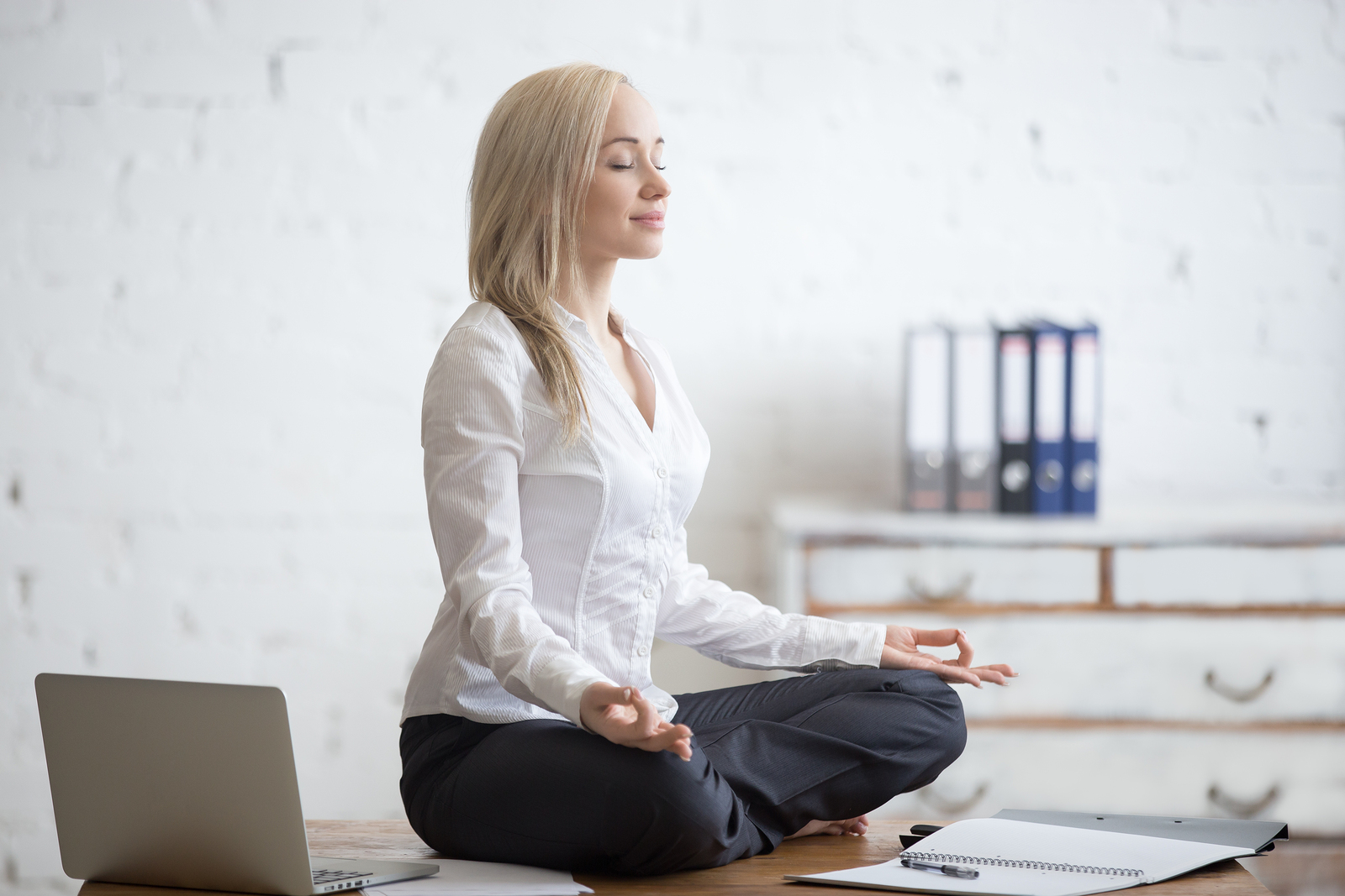 5 5-Minute Ways to Destress and Feel Relaxed Fast