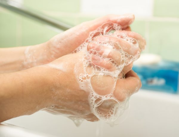 Why Toxic Antibacterial Soaps Are Not the Way to Stay Germ Free (And What to Use Instead)