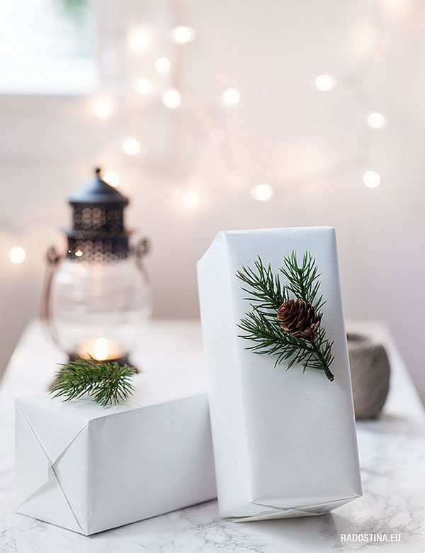 8 Christmas Decorating Ideas that You Can Whip Up Before the Big Day