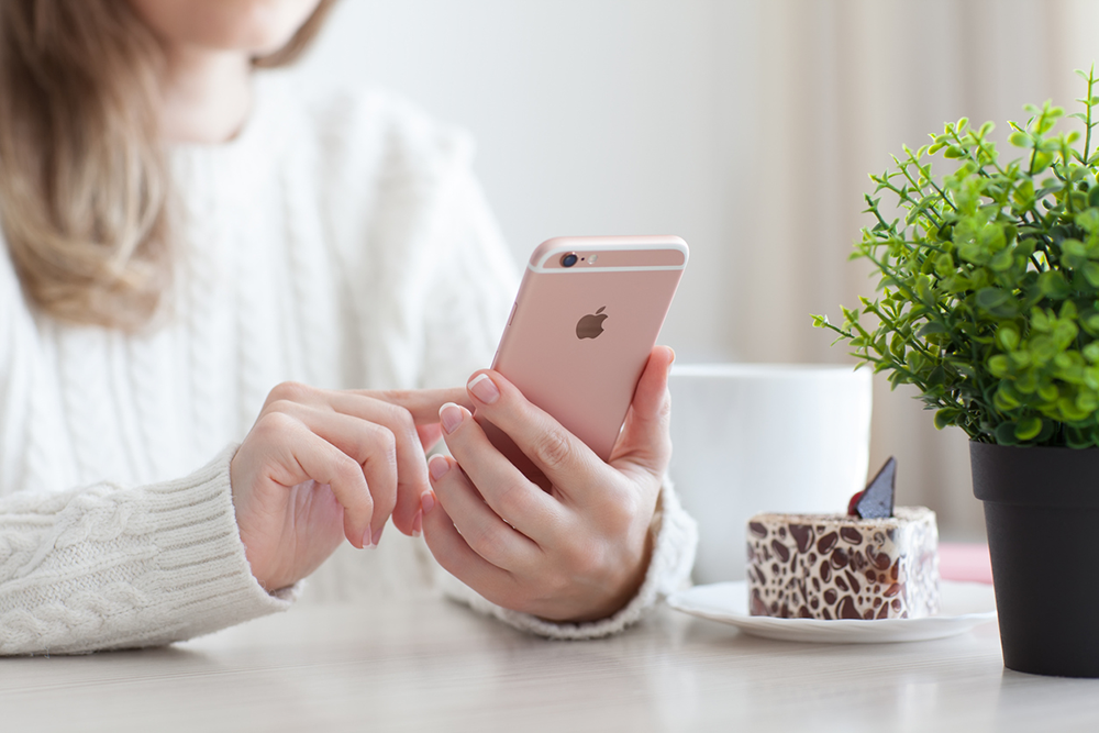 The 4 Best Apps for Secondhand Shopping, Stylishly!