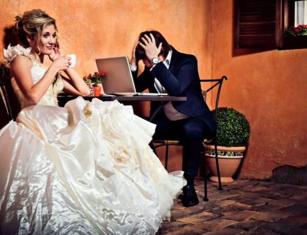 Stop worrying, socitey: You can be a devoted bride without changing your name.