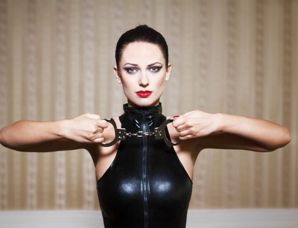 Break Out the Handcuffs, Girl: Here are 6 Reasons Why BDSM is Good for Your Health