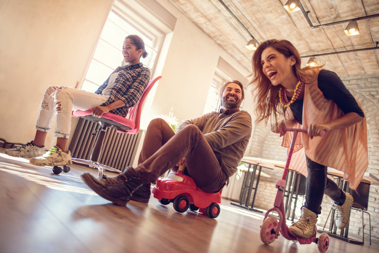 5 Games for Adults to Keep You Sharp and Stress-Free