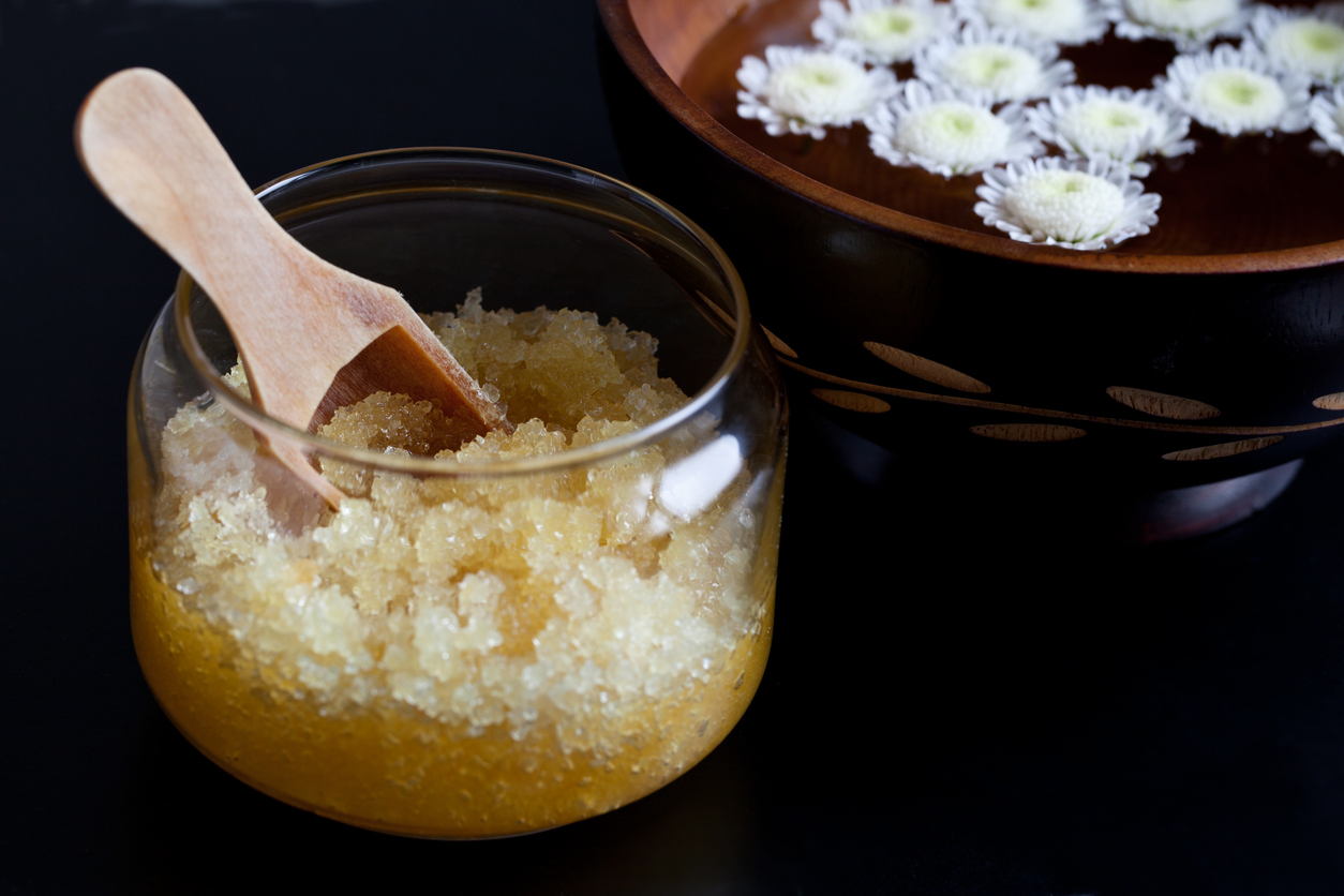 4-Ingredient DIY Pumpkin Pie Body Scrub: Exfoliating Never Tasted So Good!