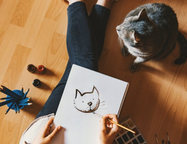13 Perfectly Personalized Pet Portraits for Your Furry Family Members