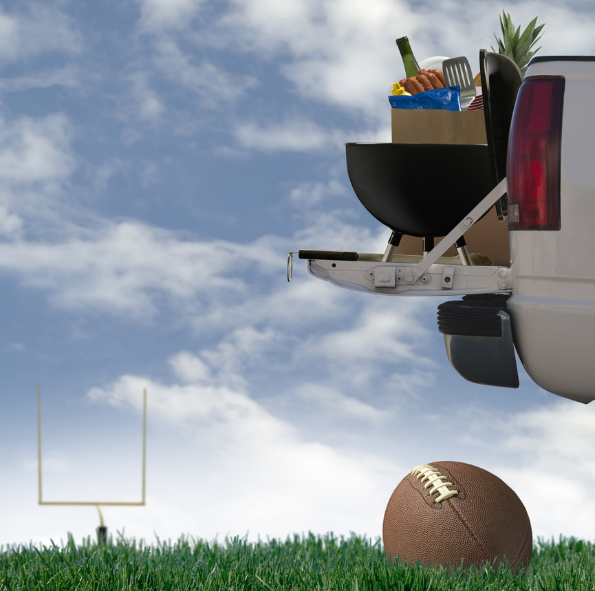 7 Planet-Friendly Must-Haves for Super Awesome Tailgating (Go Team Earth!)