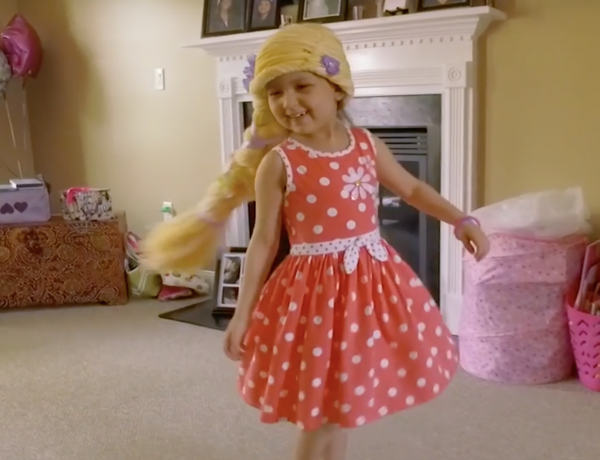 These yarn wigs make kids happy.