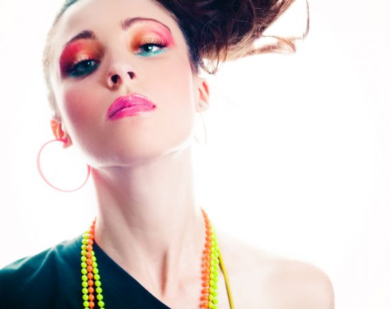 '80s Makeup Trends Made New