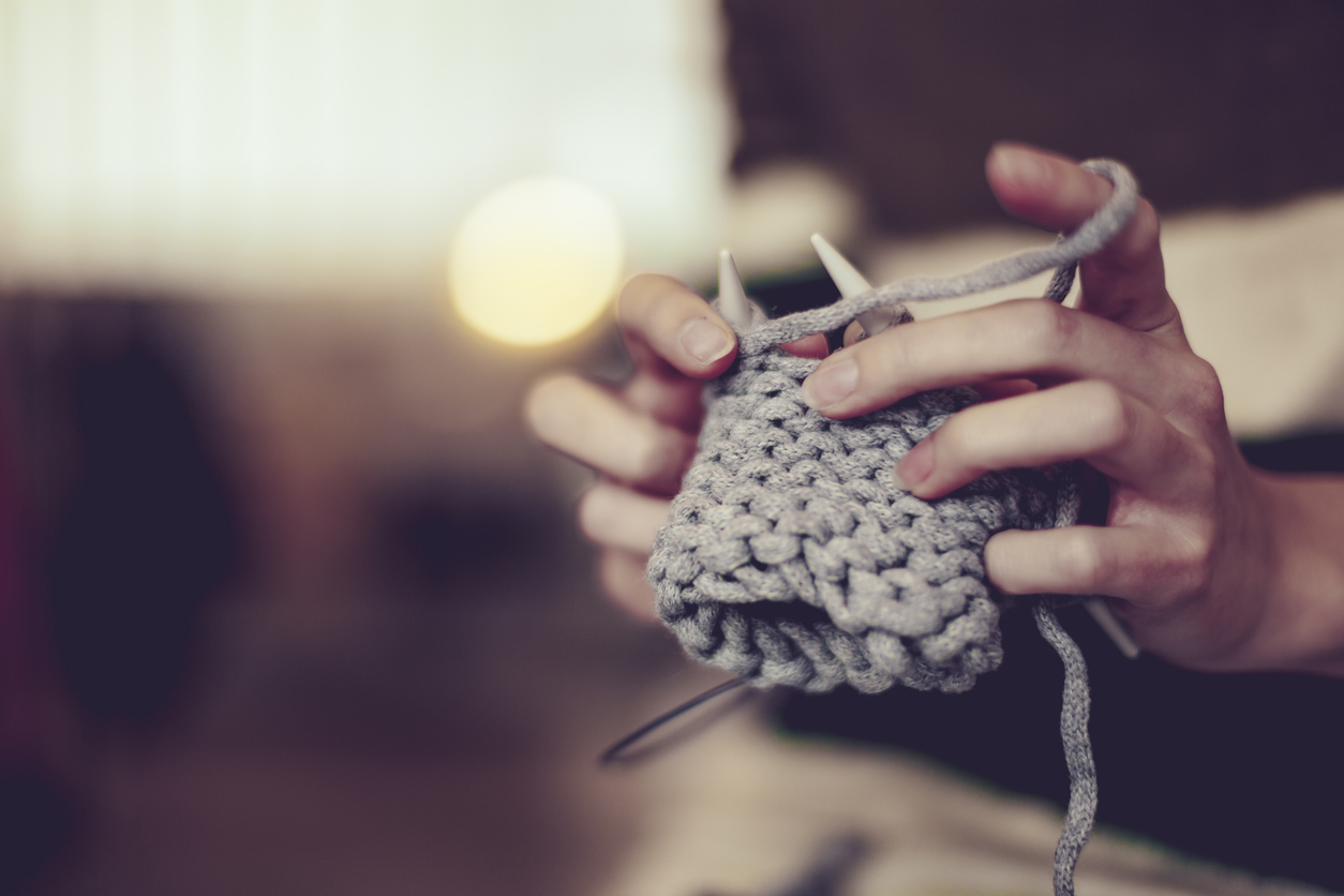 This Kit Will Get You Hooked on the Health Benefits of Knitting
