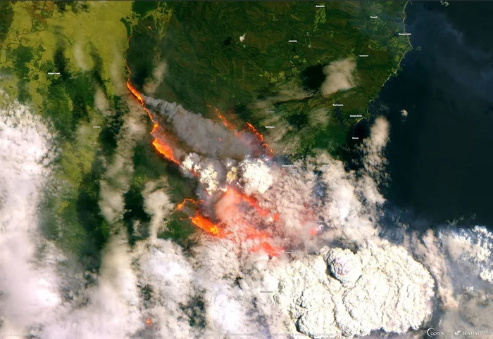 satellite photo of the wildfires in Australia