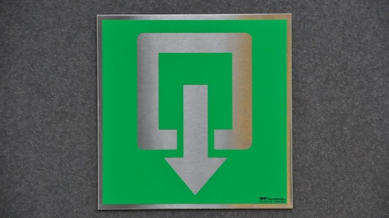 Inox pictogrammen of rvs veiligheidspictogrammen voor veiligheidssignalisatie van gebouw wettelijk in orde te brengen.