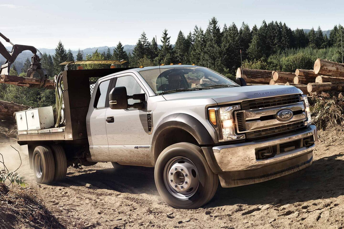 2020 ford chassis cab with cutaway upfit