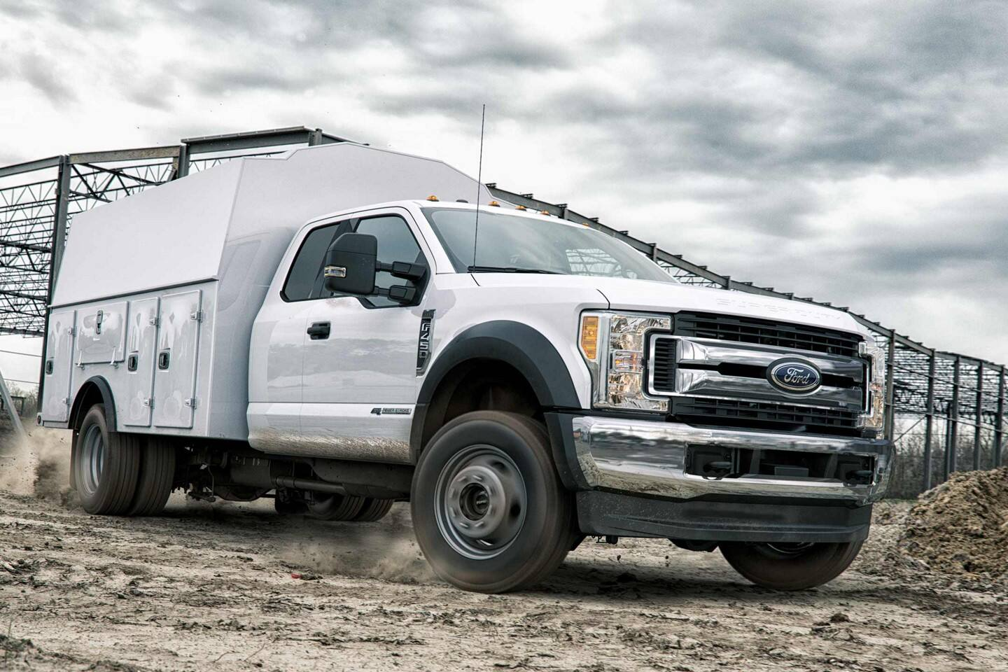 2020 ford chassis cab with cargo box upfit