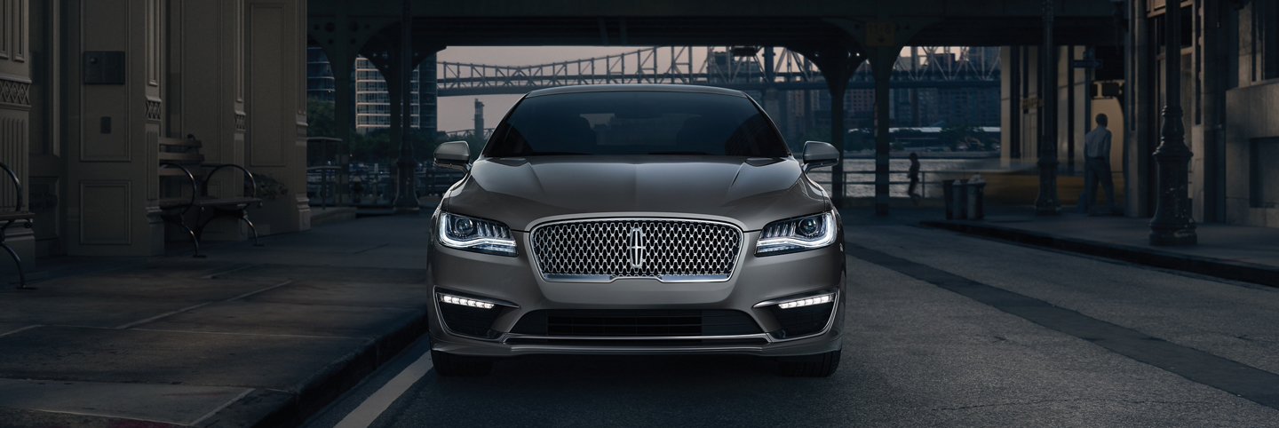 2020 lincoln mkz parked in the city
