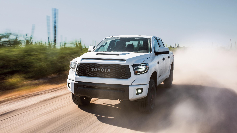 2019 toyota tundra white
