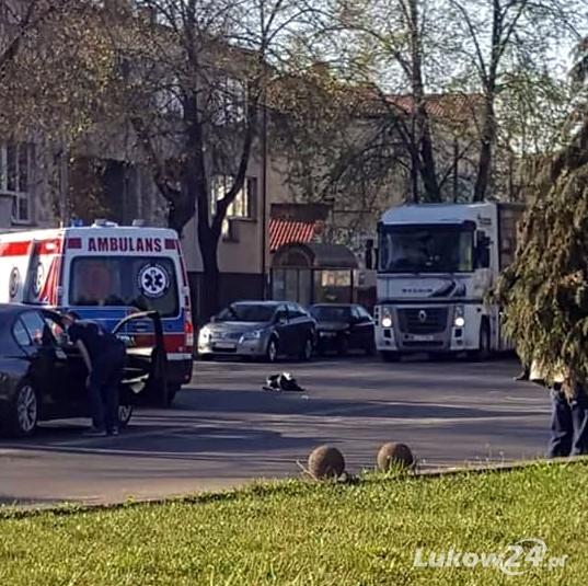 Kobieta potrącona koło Poczty trafiła do szpitala  - Zdjęcie główne