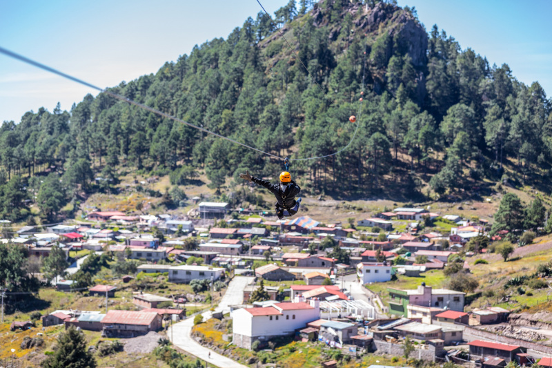 Day 5. Zipline over Cuajilamoyas + Cooking lesson with a local family thumbnail