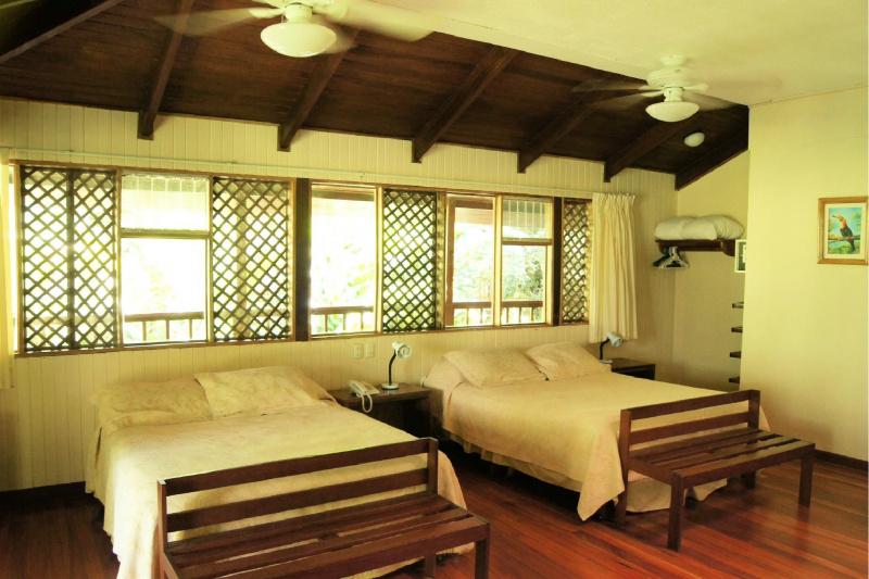 Sarapiqui Room 35 queen beds