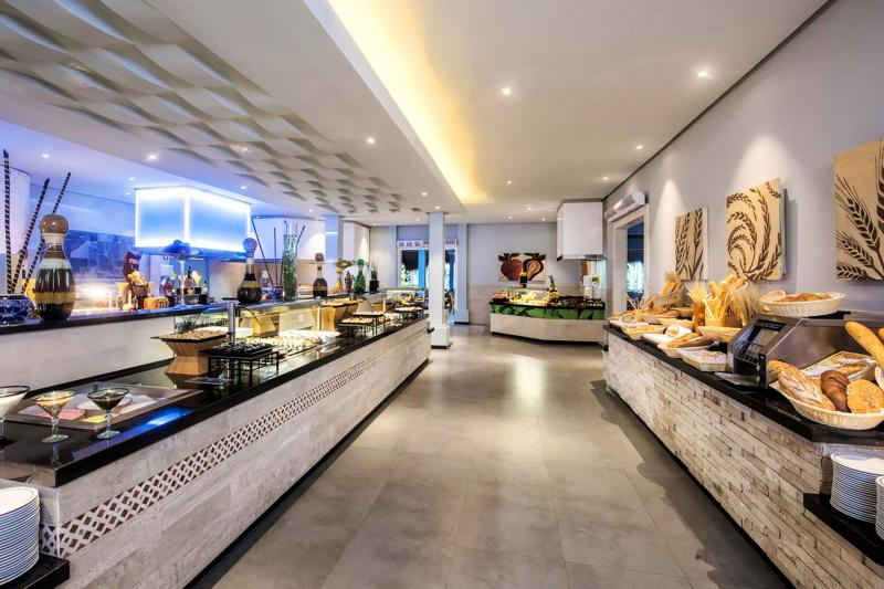 Tulum International Buffet