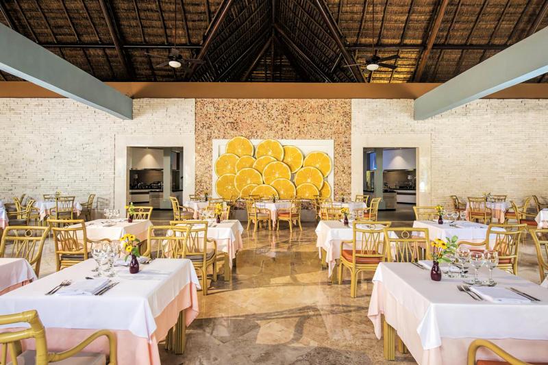 Tulum International Buffet dining area