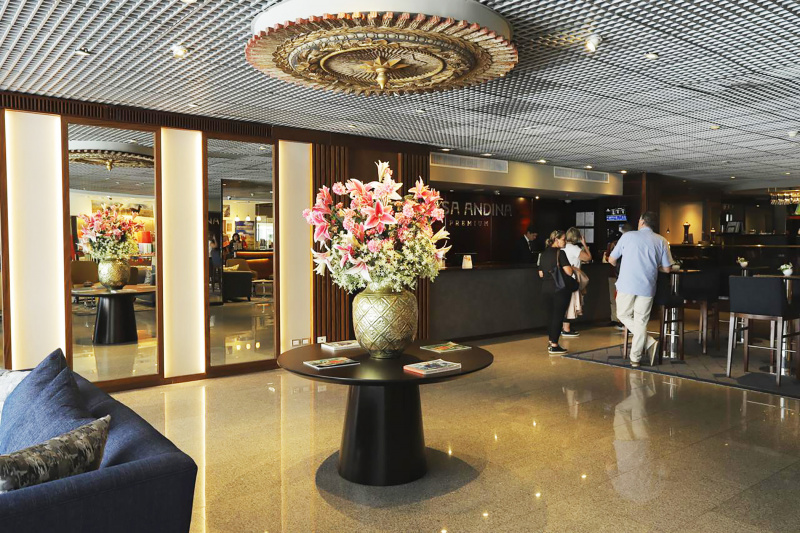 Lobby and standing front desk