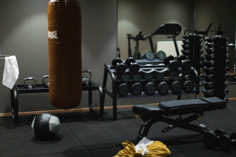The HOBO gym has weights, dumbells, a boxing bag, treadmill and thick gym mat flooring