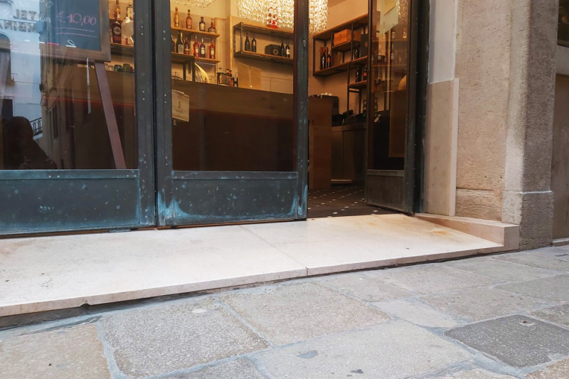 All'Angelo Art Cafe Entrance curb
