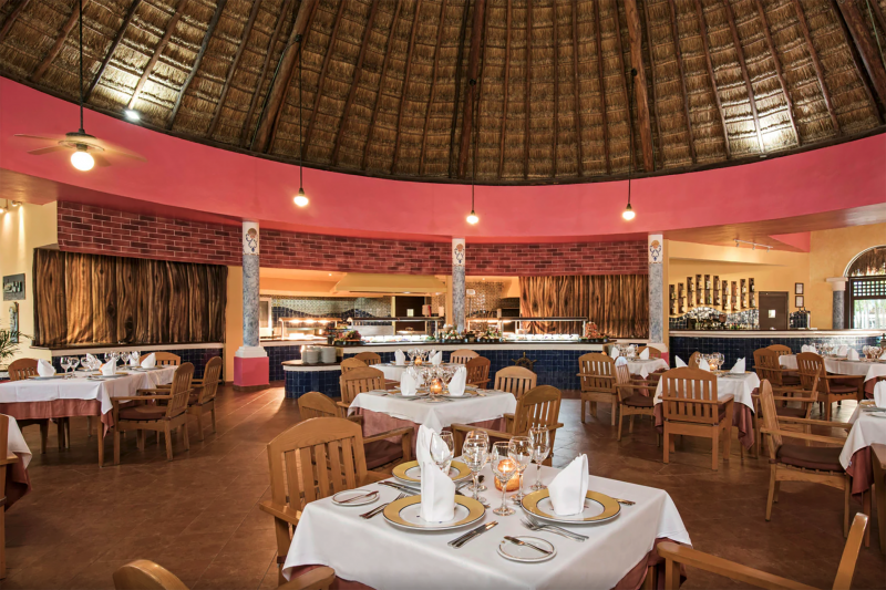 El Puerto Steak House and Buffet station with bohemian decor and tables at an accessible height