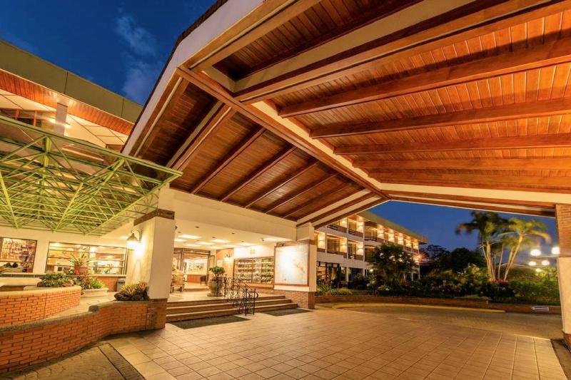 Hotel Bougainvillea exterior and grand entryway