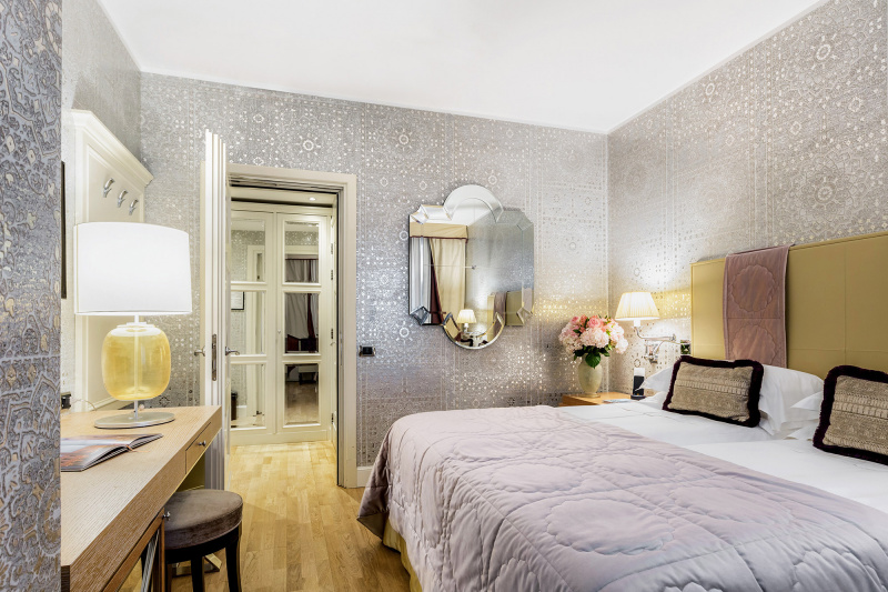 Accessible double bedroom at Splendid Venice
