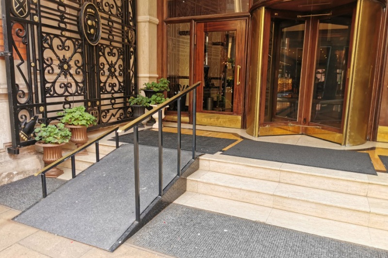 Hotel entrance and ramp