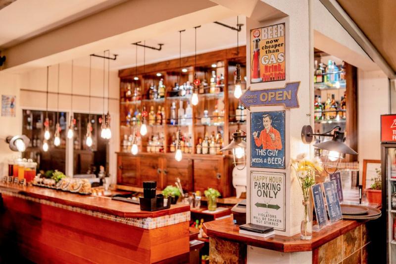 Sky Bar Gran Cavancha
