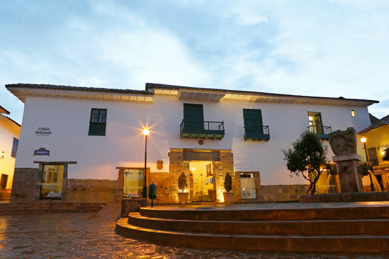 Casa Andina Premium Cusco entrance and patio