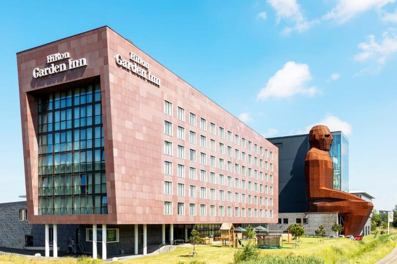 Hilton Garden Inn Leiden exterior