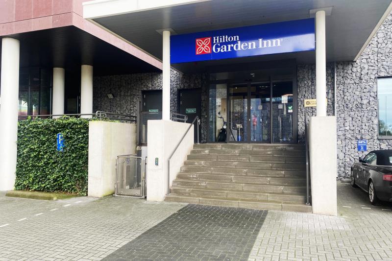 Hilton Garden Inn Leiden entrance