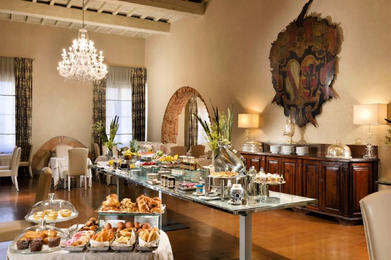 Breakast dining area