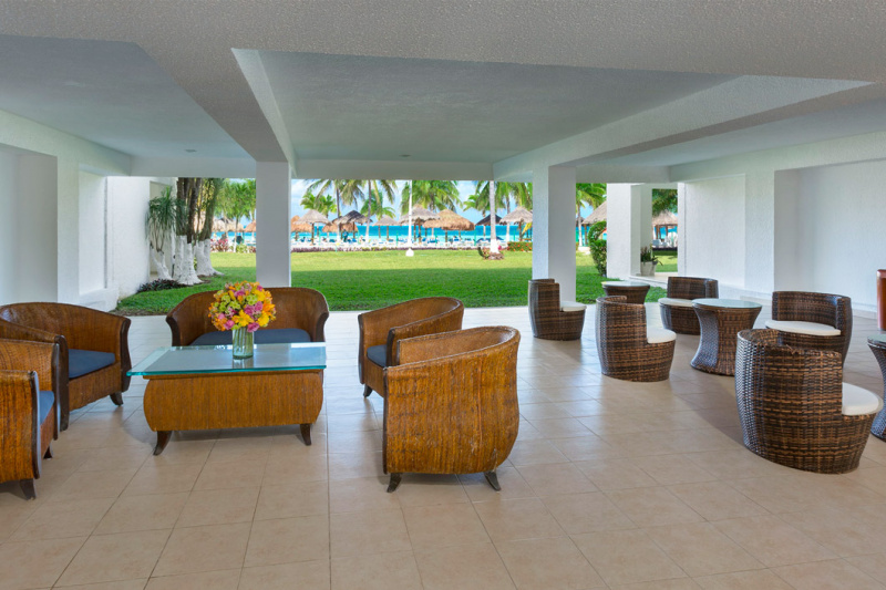 Lounge area with beach view