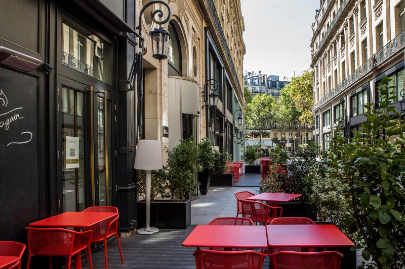 La Table du 7 dining patio