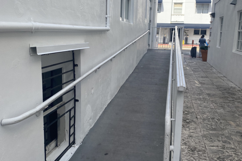 The ramp to the hotel entrance
