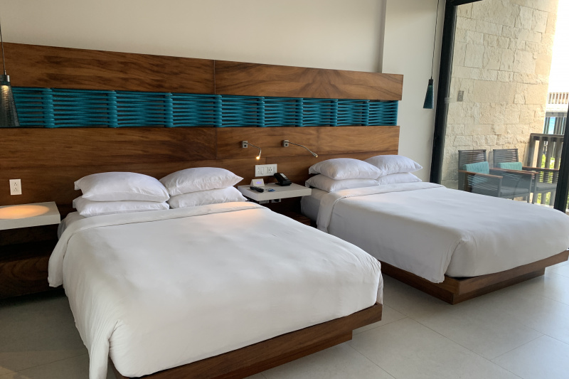 Double room. Wide space before the beds.