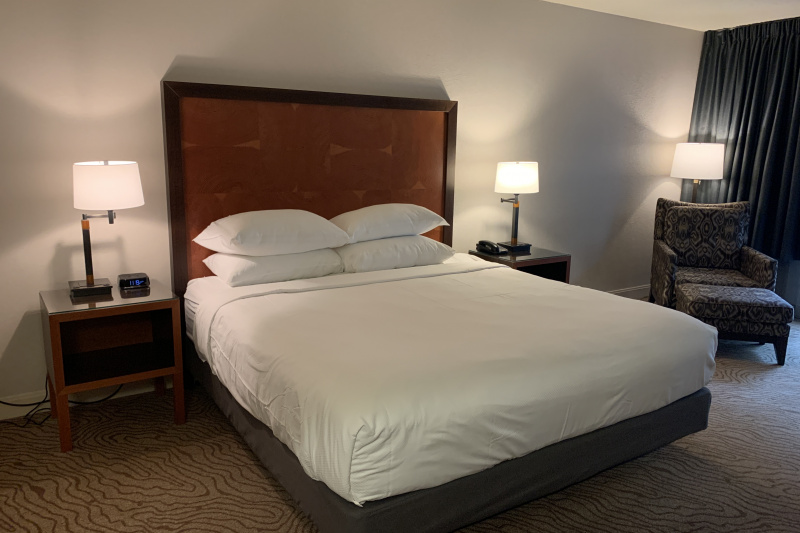 King room with wide space around the bed