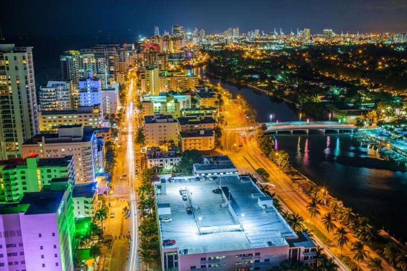 The Holiday Inn Miami Beach