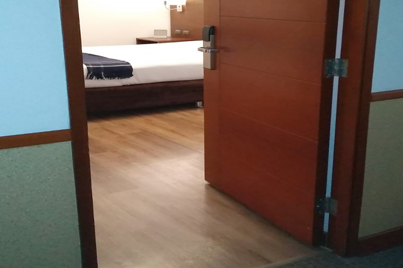 Single room with interior view