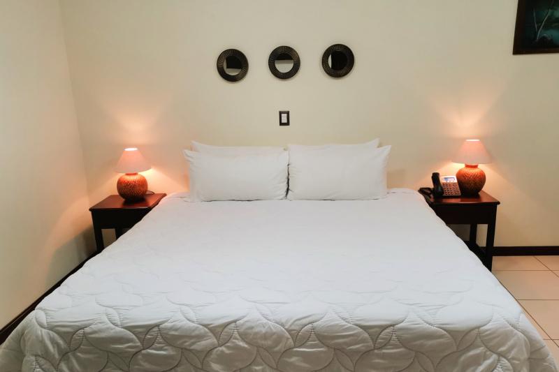 Bromelia- Accessible Room