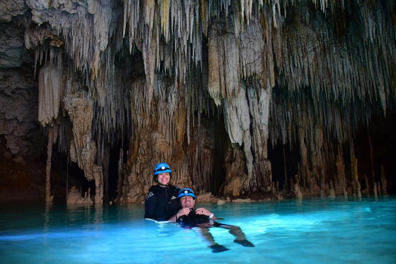 Río Secreto Wet Cave