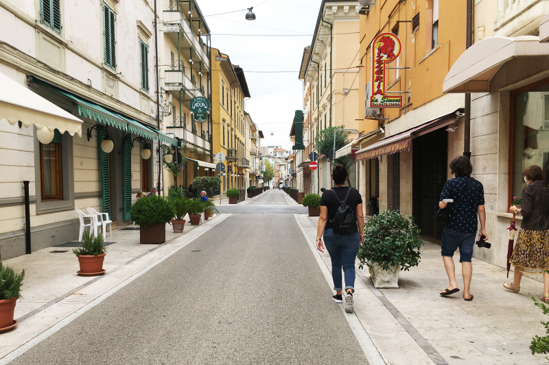 Wheel the World travelers walks throughout Montecatini Terme's city streets